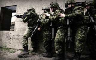 Движение по улицам с боевой техникой